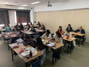 モンゴル介護技能実習生の授業風景
